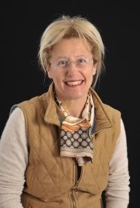 Professor Giuliana Mazzoni