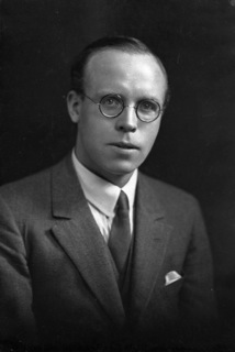 Arthur Milne aged around 30